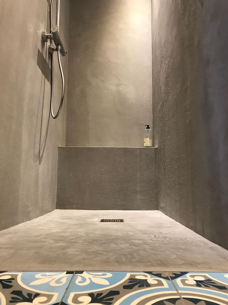 bleubeton-Une salle de bain d'exception en ville-3